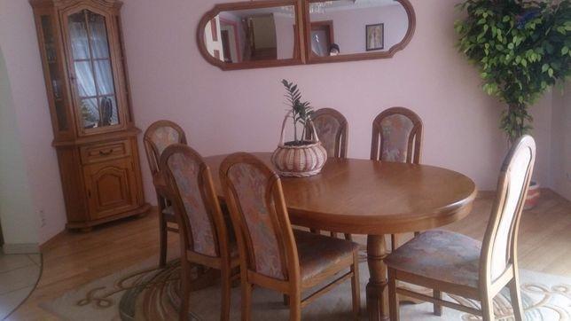 Stół drewniany rustikal rozkładany z krzesłami drewnianymi i meble