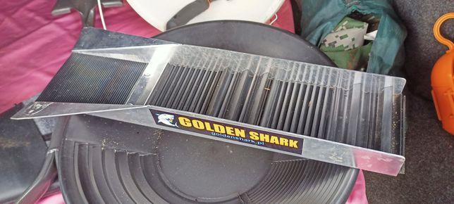 Płucznia Golden Shark mini złoto