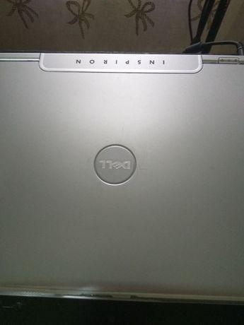 Ноутбук и стационарный компьютер