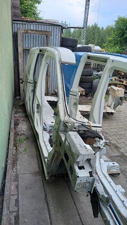 Fiat doblo combo maxi błotnik prawy prog słupek