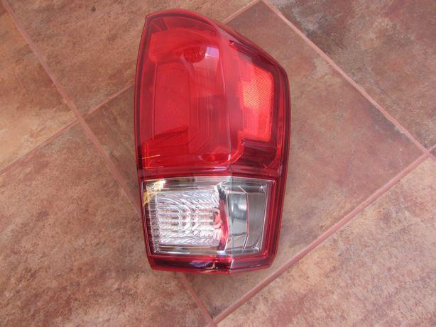 Оригінальний фонарь задній Toyota Tacoma