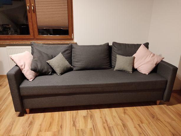 Sofa, kanapa rozkładana z funkcją spania.