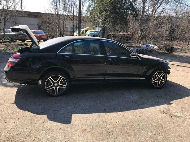 Разборка Mercedes W221, W204, W164, C207, W212 крыло, двери, бампер