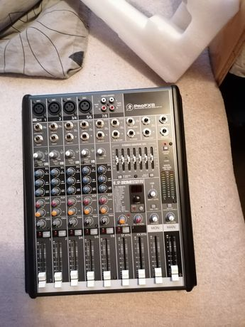 Mackie pro FX 8 mixer
