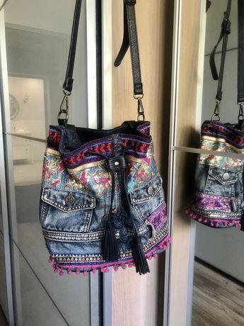 Desigual torebka worek bucked bag jeansowy granatowa hafty fiolet zlot