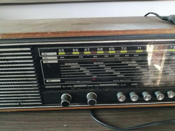 Sprzedam zabytkowe Radio Jubilat Diora DMT 406
