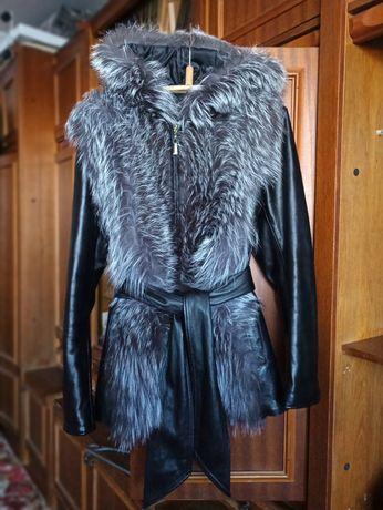 Кожаная зимняя куртка с натуральным мехом чернобурки!