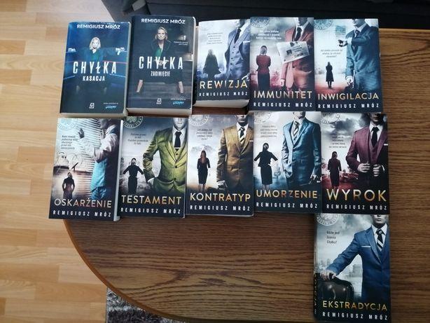 Seria książek na sprzedaż!