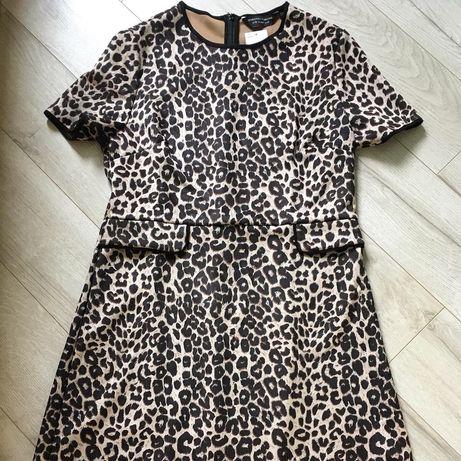 Трендовое платье в животный принт Dorothy Perkins