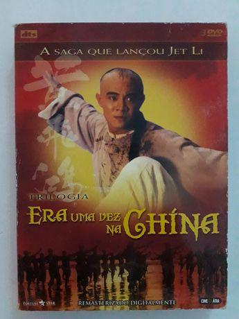 Vendo 3 DVDs Jet Li