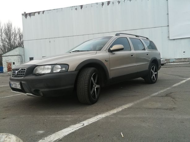 Volvo xc70 2001 г