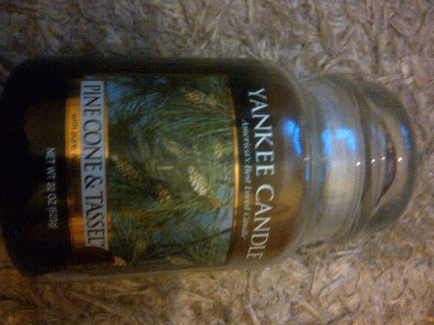 Pinecone & Tassel Yankee Candle 2014