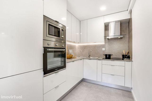 Apartamento T3 com 90m2 na Zona de Marvila (Lóios)