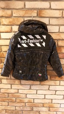 Kurtka czarne INVT Megi Collection