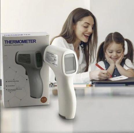 Бесконтактный термометр можель GP-300 инфракрасный 2 режима качество+