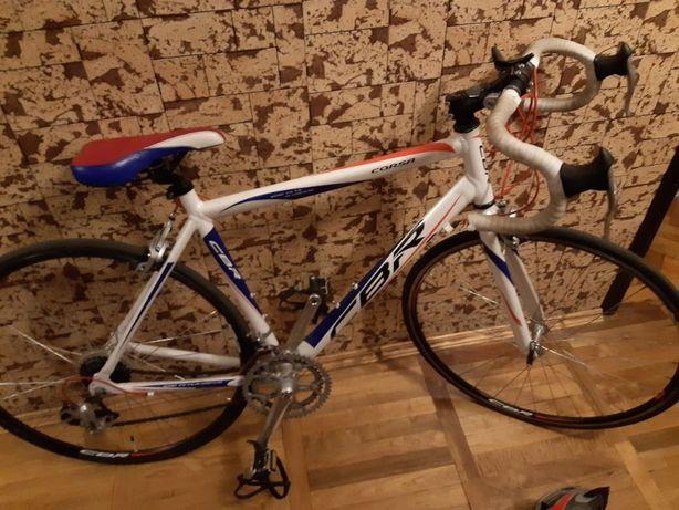 Велосипед CBR Corsa, ограниченная серия + мужской шлем + замок
