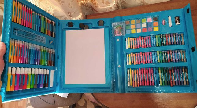 ОГРОМНЫЙ набор для рисования + МОЛЬБЕРТ в ПОДАРОК! и еще 10 РАСКРАСОК!