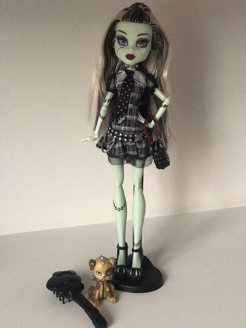 Лялька Monster High Френкі Штейн