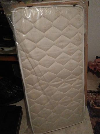 Colchão cama de bebé impecável 116x60cm