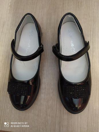Туфлі дитячі,для дівчинки
