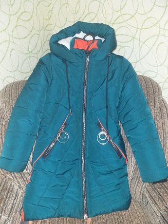 Продам куртку для девочки!