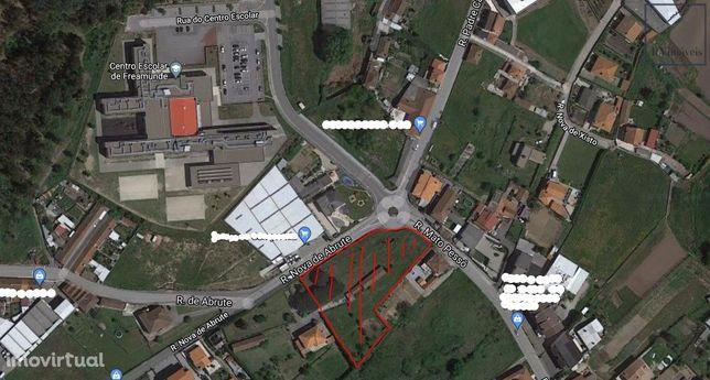 Terreno 4400 m2 Centro Escolar Freamunde