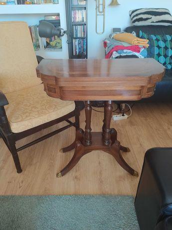 Antiga mesa de jogo articulavel, estilo Império, em mogno