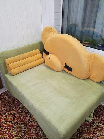 Диван детский для спальни