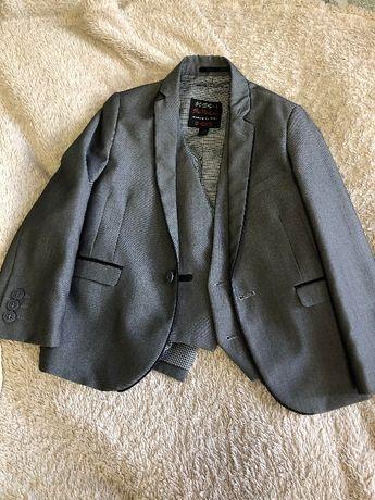 пиджак та жилет