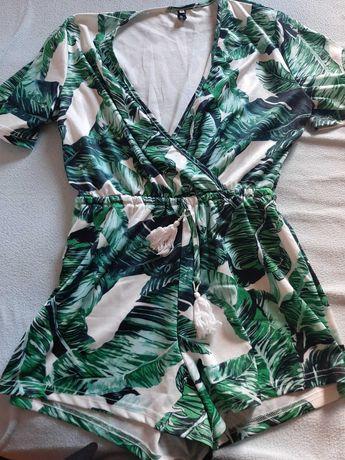 Vestidos/ macacão