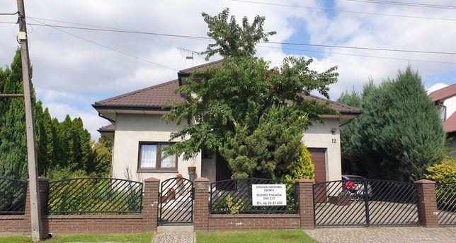 Dom na sprzedaż w Poddębicach - REZERWACJA