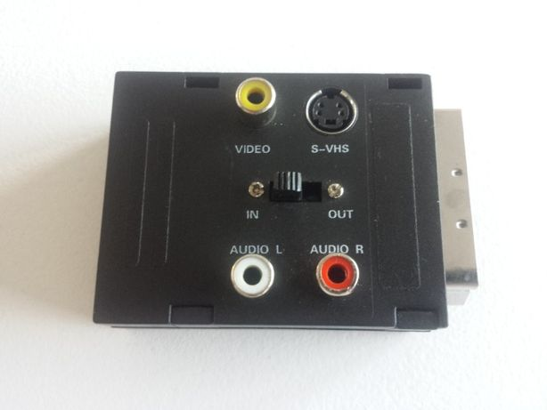 Przejściówka adapter SCART 3 x RCA 1 x S-VHS przełącznik in out