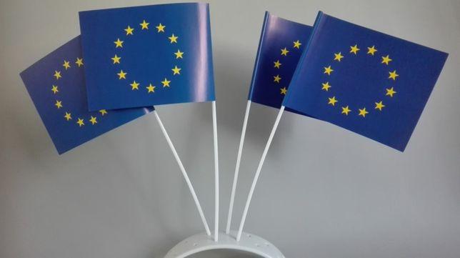 Chorągiewki papierowe unijne