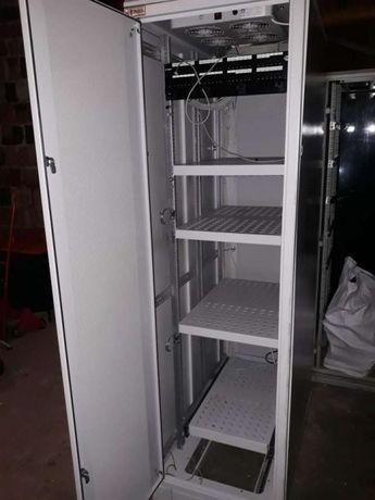 Szafa serwerowa rack ZPAS wysuwana półka,wentylatory,listwy,patch itd