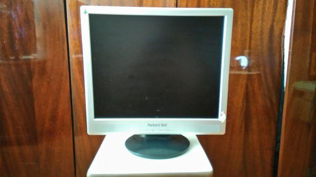 Монитор б/у Packard Bell
