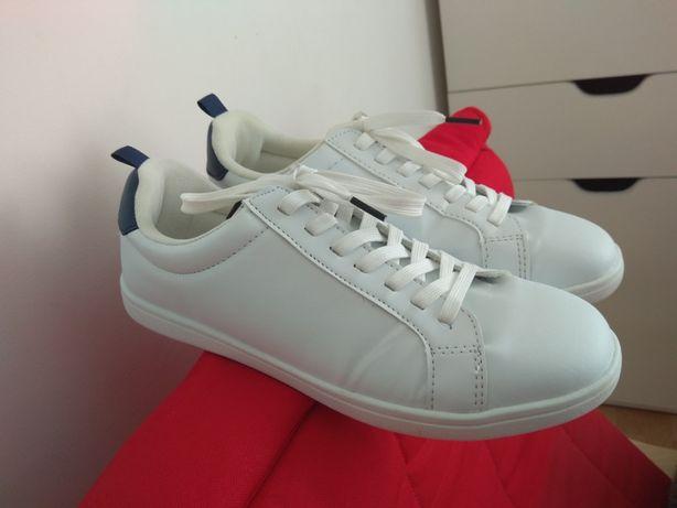 Білосніжні кросівки H&M, 39 розмір