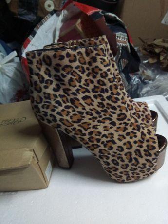 Sapato senhora de qualidade novos