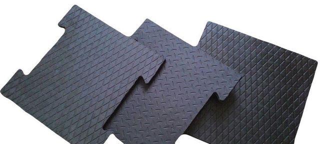 Резиновая плитка 50х50, 2 см, литая, не крошка! Резиновое покрытие.