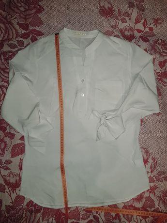 Белая блузка р.S