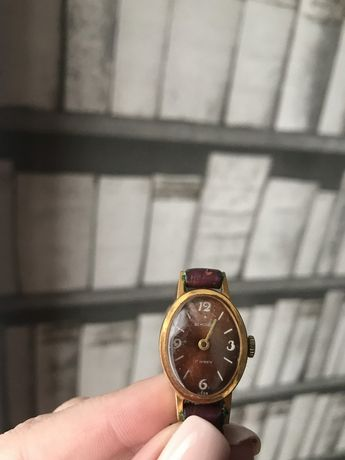 Англия,шикарные,винтажные Часы оригинал