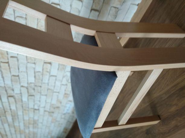 Krzesła tapicerowane miękkie