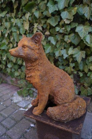 Odlew żeliwnego lisa