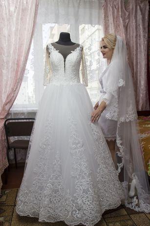 Весільна сукня шита на замовлення
