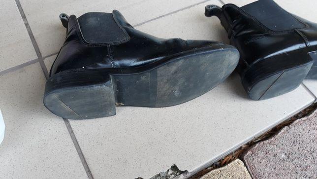 Sprzedam buty dla dziewczynki rozmiary do zazdy konnej