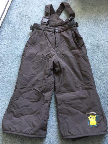 Spodnie na sanki śnieg