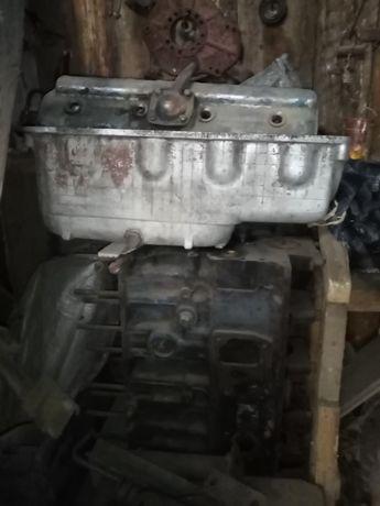 Блок двигуна Д240 МТЗ 80, головка і запчастини до нього