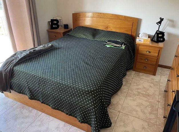 Mobília de quarto casal lisa, cor mel