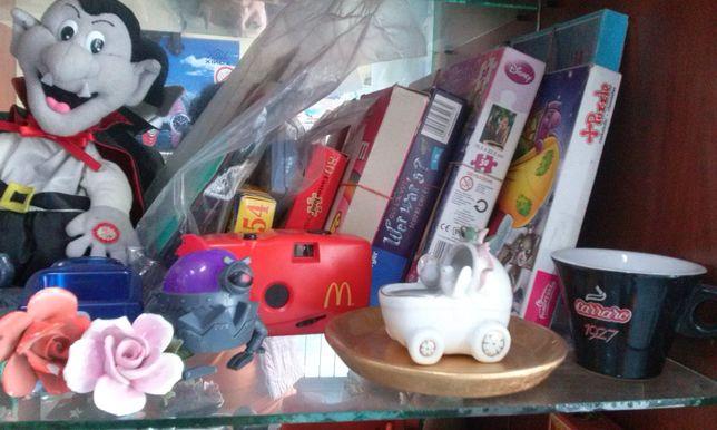 lalki,figurki,klauny ramki,wazony ,zegarki puzle roznosci