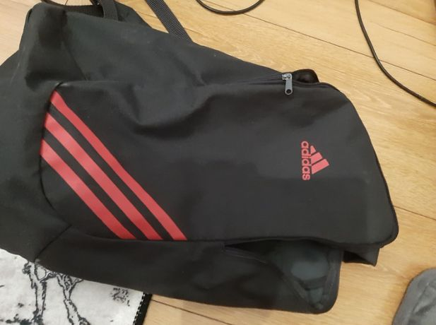 Plecak Adidas. Stan super, bez rozerwań.