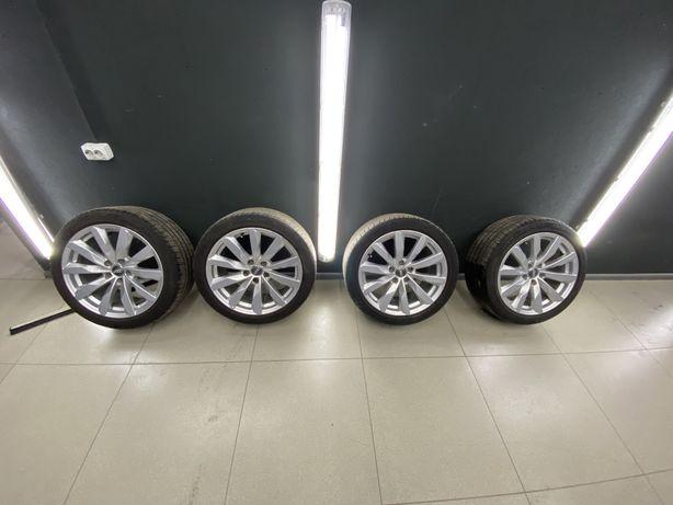 Комплект в сборе,диски с шинами Audi A4 / A5 / 5 112 R 18 / 245 40 R18
